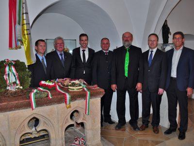Besuch am Giselagrab in Niedernburg 2015